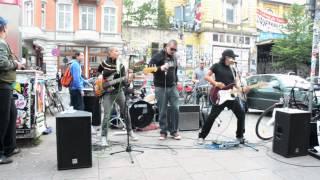 Frontline Guerilla Sonora - Blitzkrieg Bop - Schanze Viertel - Hamburg Germany