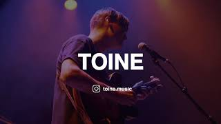 TOINE - Everybody Want To Rule The World (Cover Tears For Fears) Live at Theater Dakota