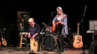 I Hate Myself For Loving You (Acoustic Joan Jett Cover)