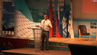 Matthew Brown (AUS) presentation on Emily Seebohm (100m back)