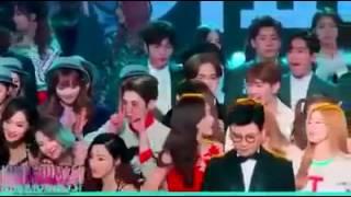 [Fancam] SNSD & Yoona So Cute @MBC Drama Awards