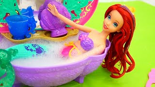 Bath Time Disaster ! Toys and Dolls Fun with Ariel's Color Change Doll | SWTAD