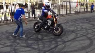 Yamaha mt-09 fz-09 stunt riding