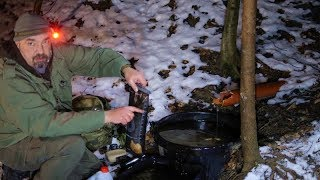 Wasser und Eis Extremtest - Ausdehnung von Eis in Wasserbehältern