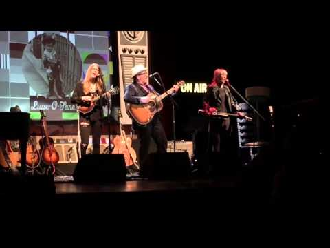 All the Rage (w/Larkin Poe) - Elvis Costello Detour Live @ LBC Santa Rosa, CA 3-29-16