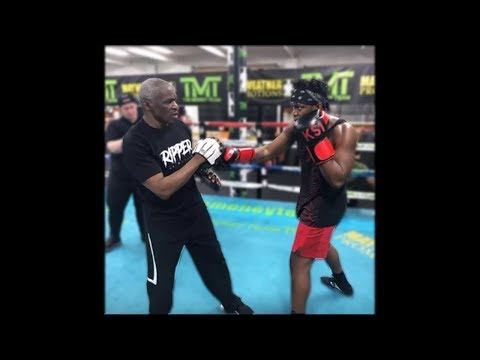 KSI Training To Fight Logan Paul At Mayweather Gym!