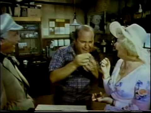 "HOT STUFF (1979): ""It's the best shit you're ever going to smoke!"" Dom Deluise tokes up!"