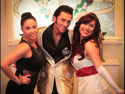 Elvis Wedding In Las Vegas Cupids Chapel The Little W Big Heart