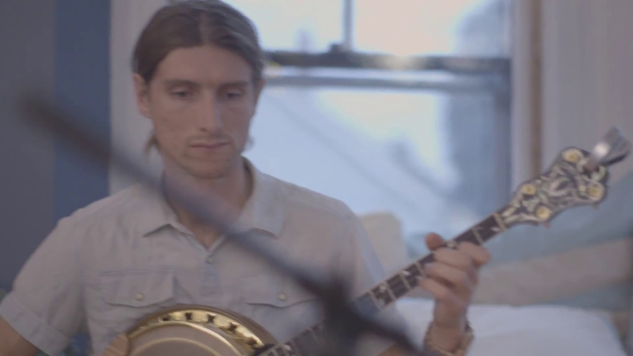 video: The East Pointers - Meals by Maurice
