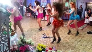 Чикаго в исполнении Космо-леди на свадьбе