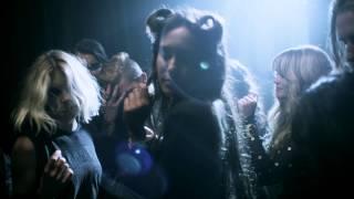 Смотреть клип Jesse Jo Stark - Dance To The Cramps