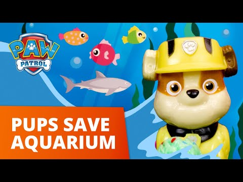 The Fast Fish Tank Fix Up! 🐠 PAW Patrol Toy Pretend Play Rescue