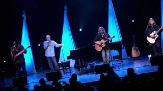 "Dennis DeYoung of Styx- ""Suite Madame Blue"" *Unplugged* (HD) Live in Verona, NY on 4-22-2010"