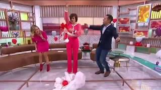 Fátima Lopes é surpreendida no Dia dos Namorados