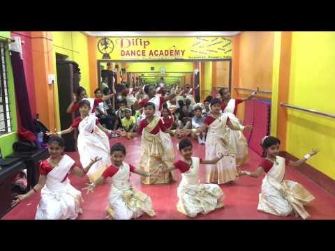 Bistirno Parore Dr. Bhupen Hazarika/ Dilip dance academy students