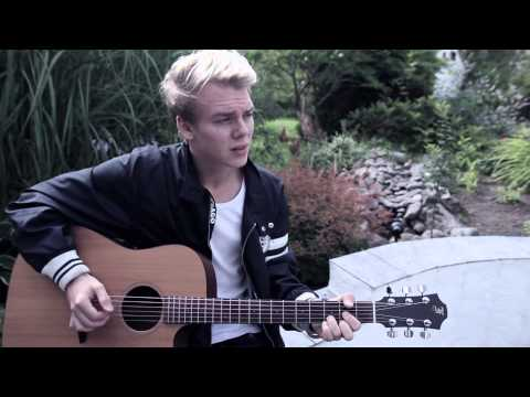 Chris brown - Don't Judge Me (Acoustic Cover) Sam from dot SE