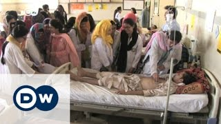 Pakistan: Female doctors reach needy online | DW News