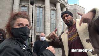 Vor dem Angriff / Heute Show Dreh mit Abdelkarim Berlin -  ...Was? Meine Kamera ist gleich weg?