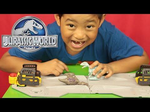 Jurassic World Brawlasaurs Tyrannosaurus Rex vs Indominus Rex