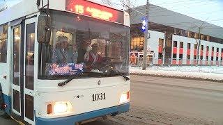 Дед Мороз рулит! В праздничные дни в муниципальном транспорте будут работать новогодние персонажи