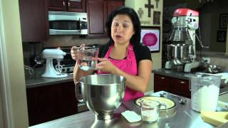 How To Make Bakery-quality Buttercream Frosting For Cupcakes : Cupcake Creations