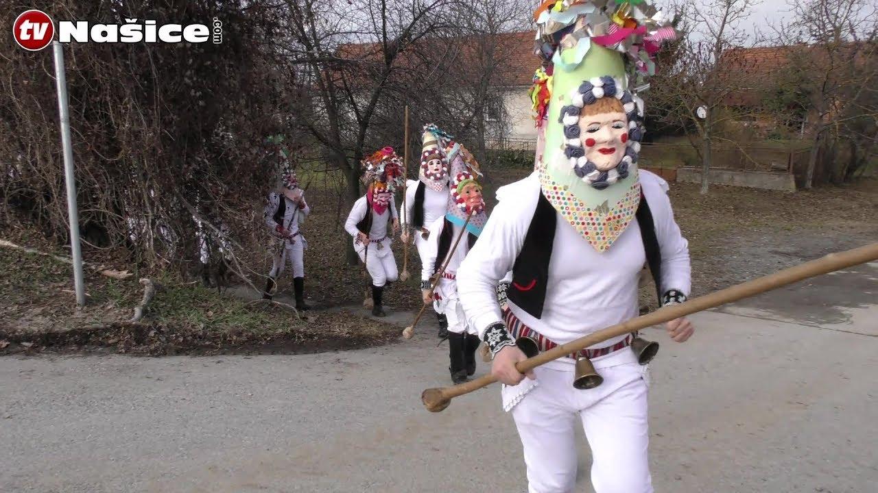 show show nosi maske