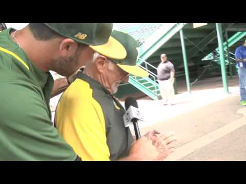 Team Picures with Yavapai College: 2015 JUCO World Series