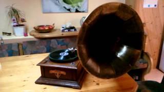 Rumba Tambah - Lecuona Cuban Boys -Horn Grammophone - Phonograph - Schellack -