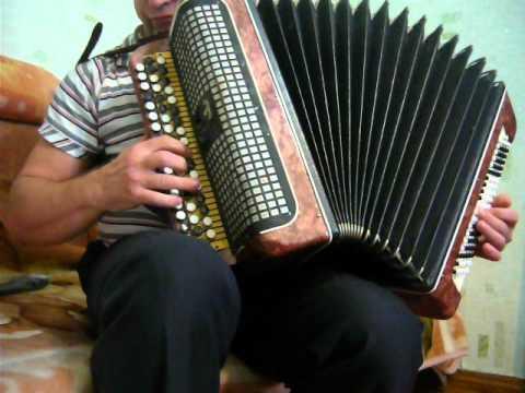 песня под окном широким ансамбль тальяночка