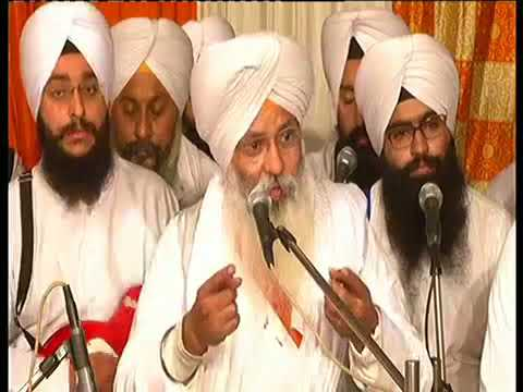 Guru Nanak (ਗੁਰੂ ਨਾਨਕ)- Bhai Guriqbal Singh Ji - New Katha Vichaar 2017 (HD)