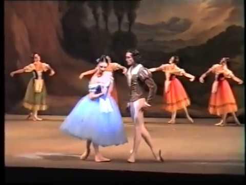 Giselle (Kirov Ballet) - Yulia Makhalina & Farukh Ruzimatov