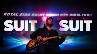 Tenu Suit Suit Karda | Nashe Si Chad Gayi | Arijit Singh Live