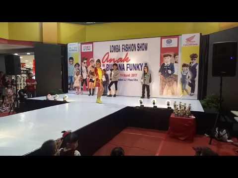 Runner up casual funky at mall citra ,pekanbaru.Ganevo management