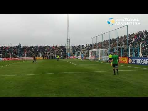 La definición por penales de Arsenal 0 (2) - Cipolletti 0 (3)