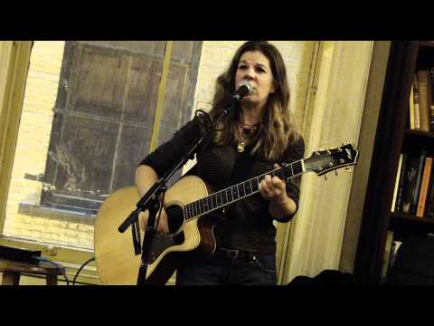DAR WILLIAMS - iowa - HOUSING WORKS BOOKSTORE CAFE new york city OCTOBER 16 2010