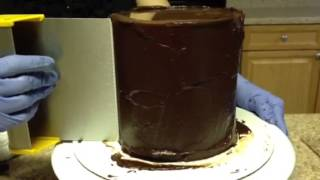 How To Ganache A Cake Using The Upside Down Method