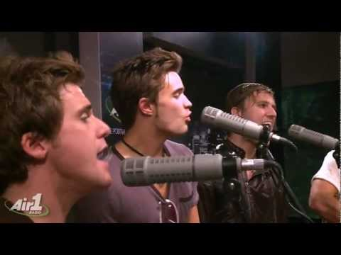 Anthem Lights Can't Shut Up  LIVE
