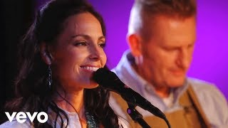 Joey+Rory - Jesus Paid It All (Live)