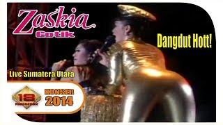 Zaskia Gotik Buka Dikit Joss Live Konser Sumatera Utara 2014