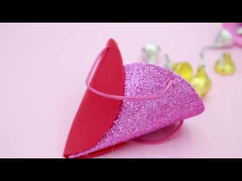 DIY Valentine's Gift Bag by Craft Easy