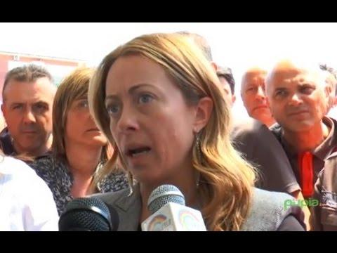 """Napoli - Alenia-Aermacchi, Meloni: """"Scelte sciagurate di Renzi e Moretti"""" (04.05.15)"""
