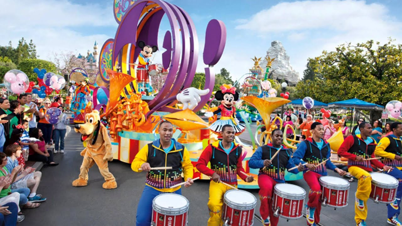 Mickey's Soundsational Parade music (2/2) - YouTube