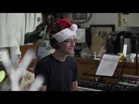 Paul Gilbert - Hark! The Herald Angels Sing (Official Music Video)