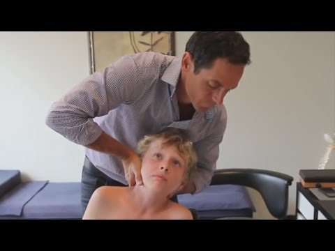 dr.-ian---revives-child's-neck---fixed-by-gonstead-chiropractic