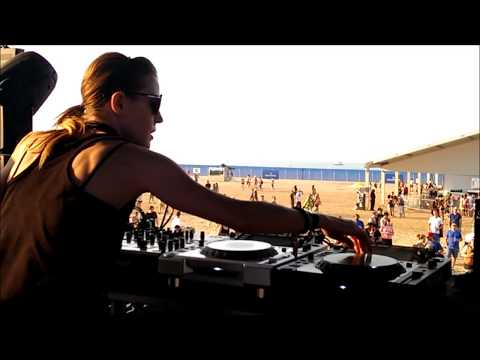 Margaret Dygas at Wavefront Music Festival - Chicago - Friday, July 5th 2013