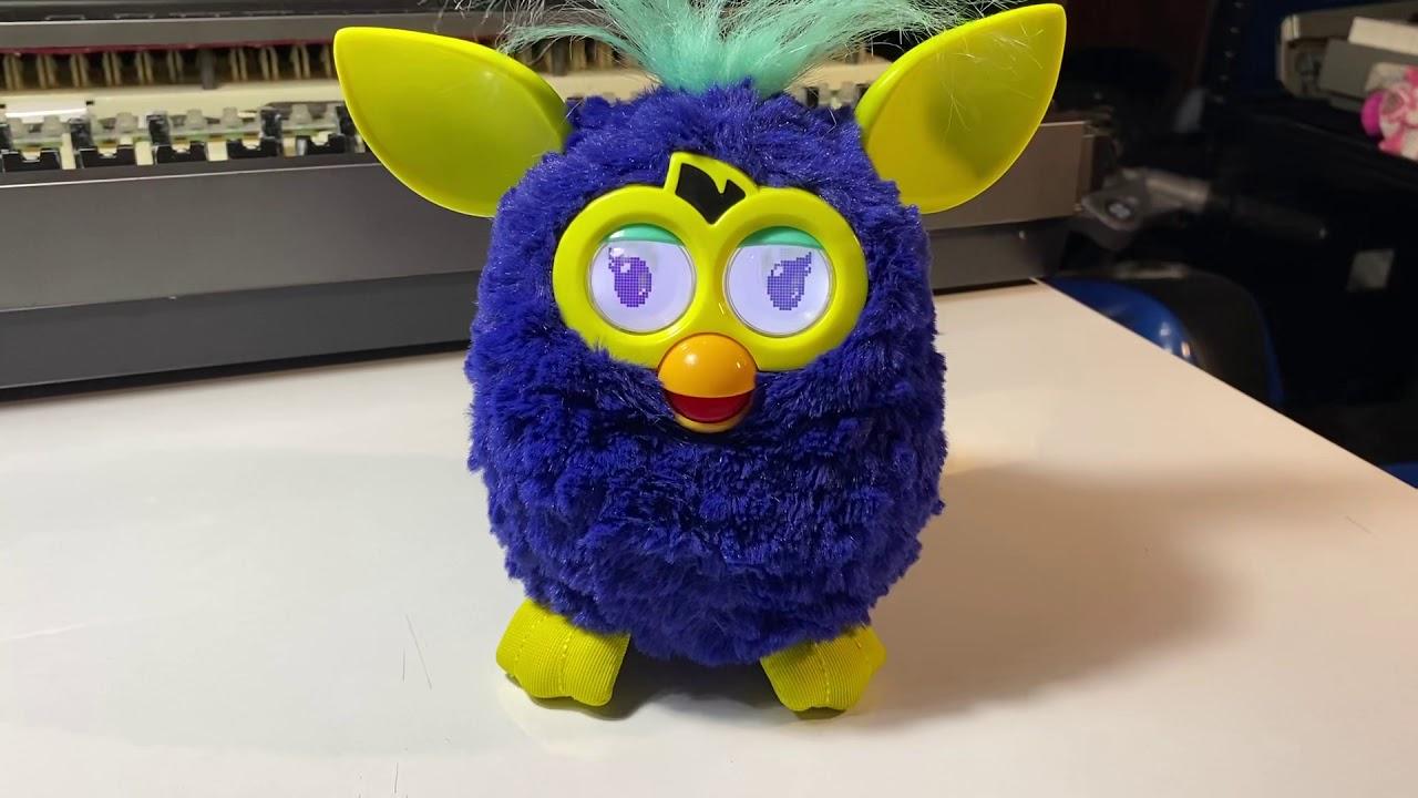 Furby by Moomam Meysinee หมูแหม่มเมสิณี - YouTube
