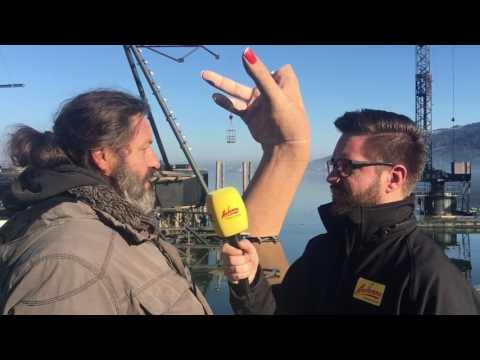 ANTENNE VORARLBERG beim komplizierten Aufbau der Bregenzer Seebühne