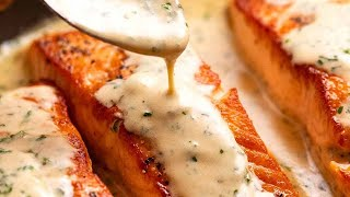 Salmon with Creamy Hęrb & Garlic Sauce