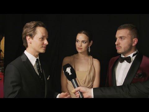 Preisträger Tom Schilling, Emilia Schüle und Edin Hasanovic bei der GOLDENEN KAMERA 2017