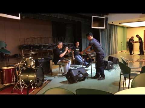 Bass Guitar Masterclass Colby Dela Calzada & Jun Perez